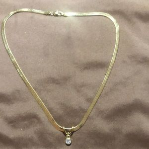 Jewelry - gold necklace with pendant